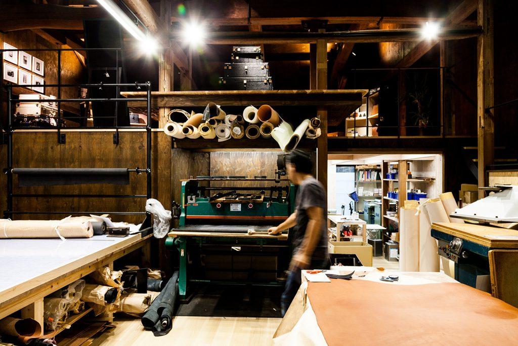 マスミ鞄嚢、豊岡鞄、100年の老舗、城崎温泉、職人のトランク
